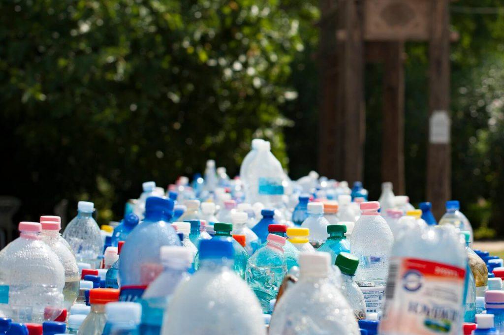 plastic-waste-drinking-water-bottles