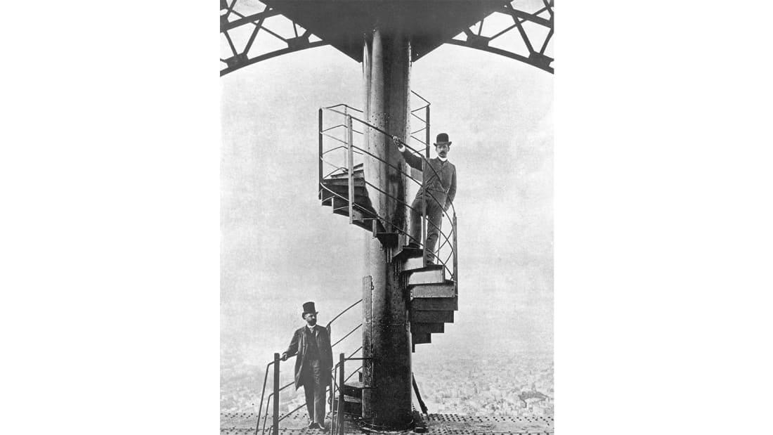 eiffel-tower-stair-pic