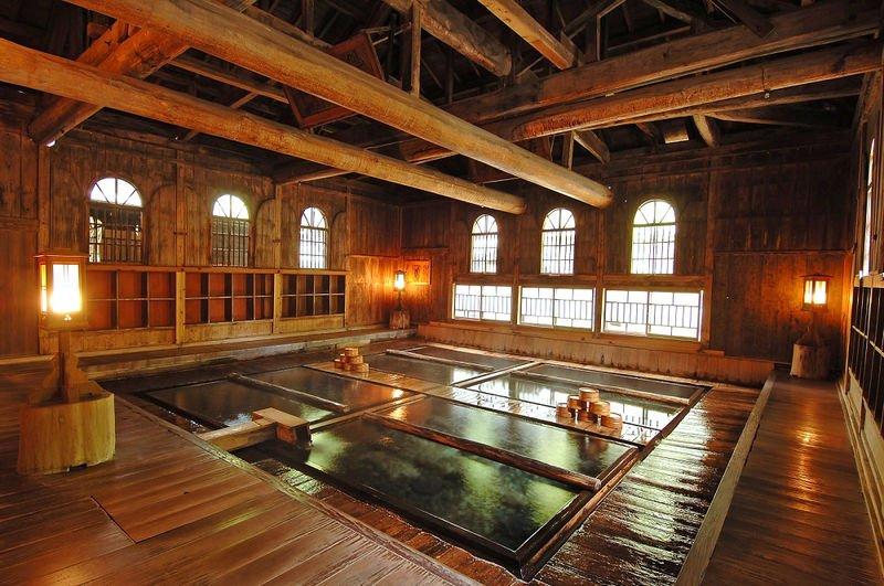 baths oldest hotel